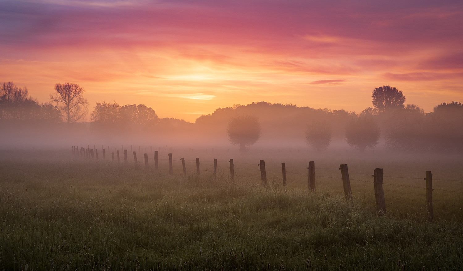 Early morning by Axel Jusseit