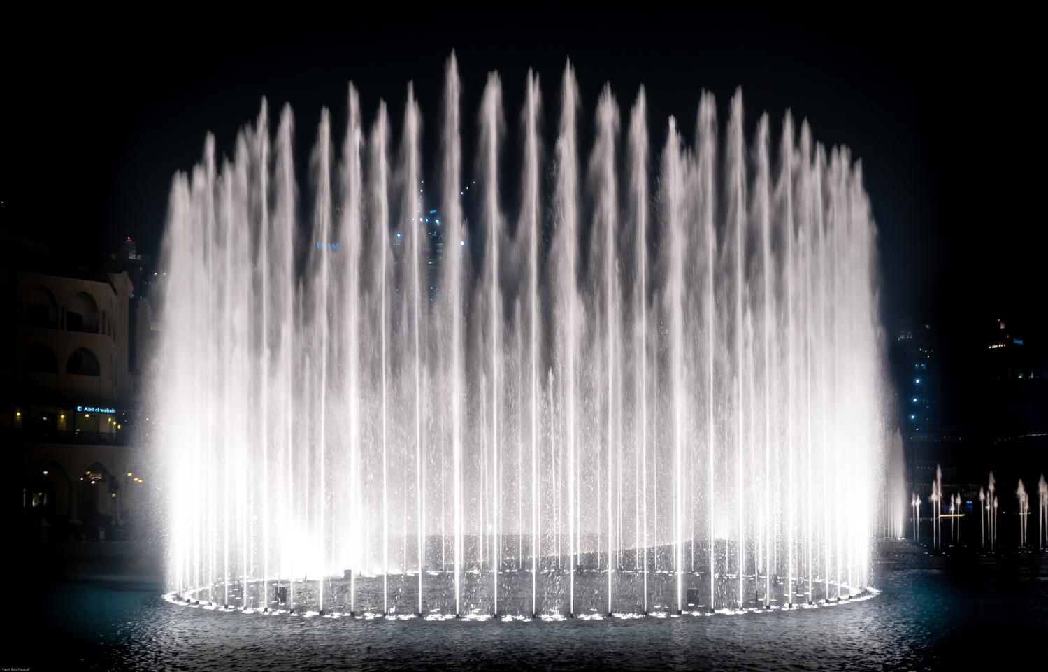Dubai Fountain by yasir bin yousuf