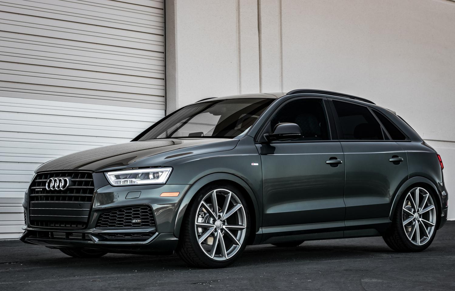 Audi Q3 by Travis Pinney
