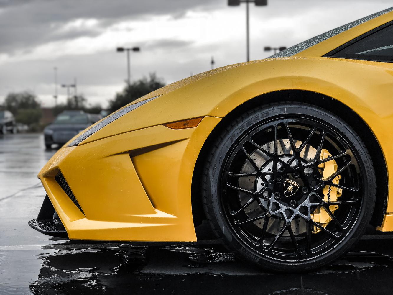 Lamborghini Gallardo by Travis Pinney