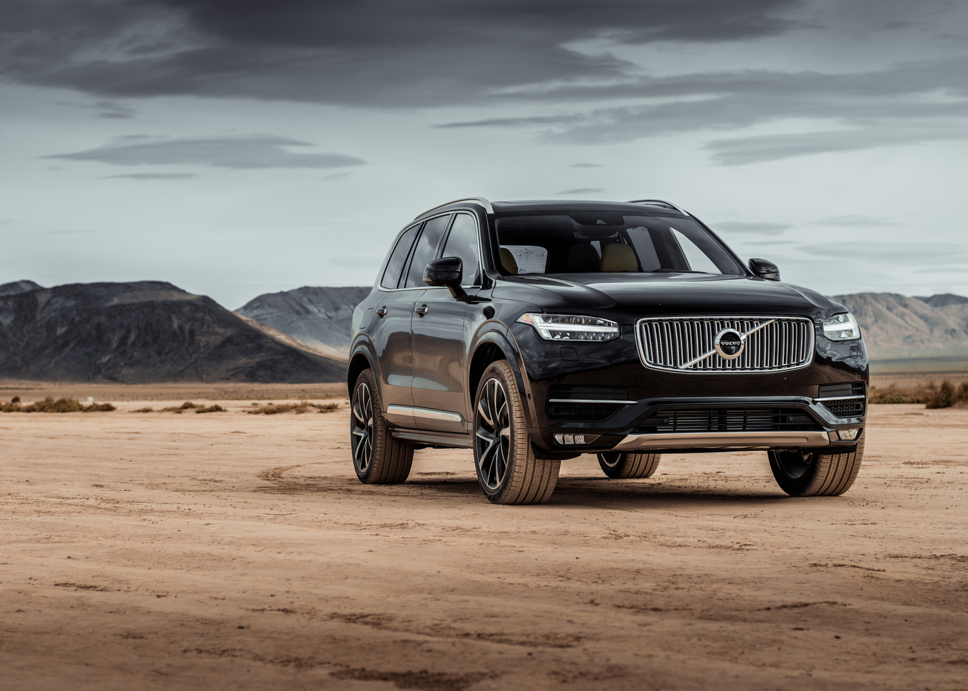 Volvo XC90 by Travis Pinney