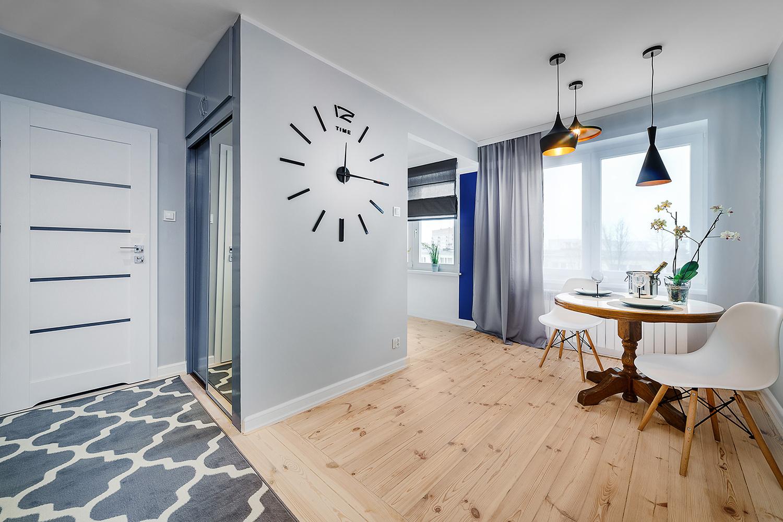 Main room by Tom Piaf