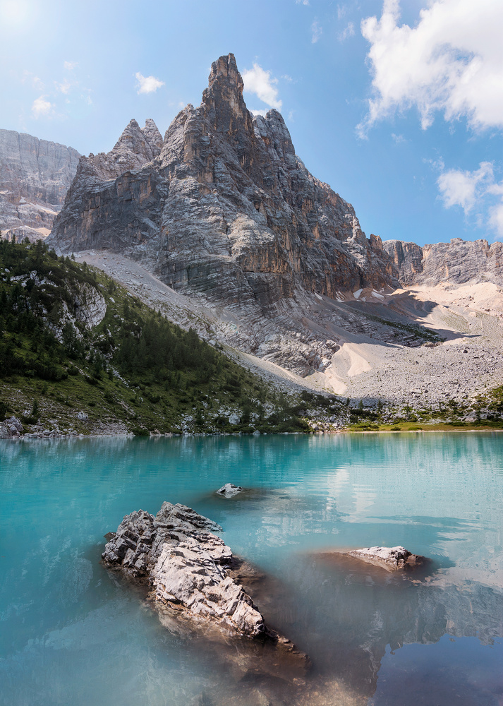 Turquoise jewel by Vid Rojc