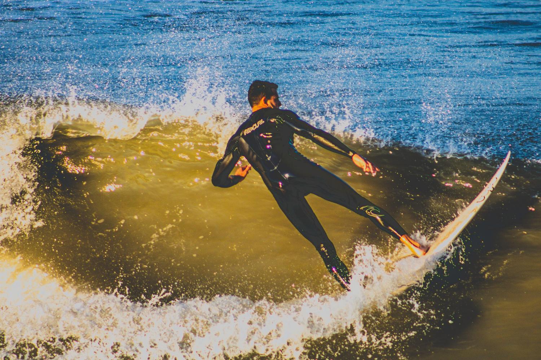 surf curve by Kenneth Hofmann