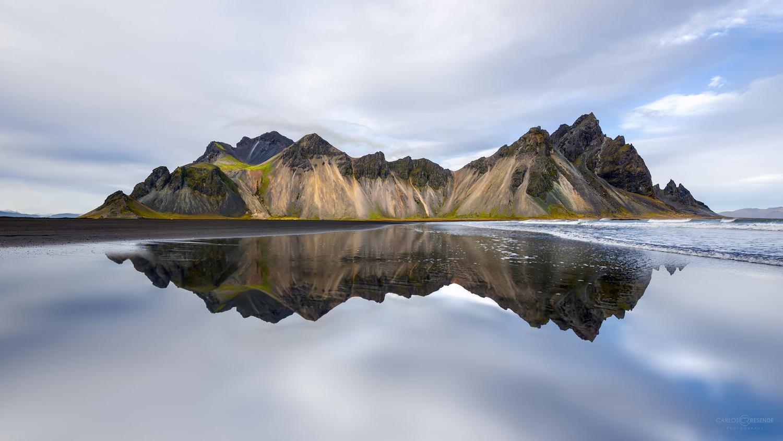 Mirroring by Carlos Resende