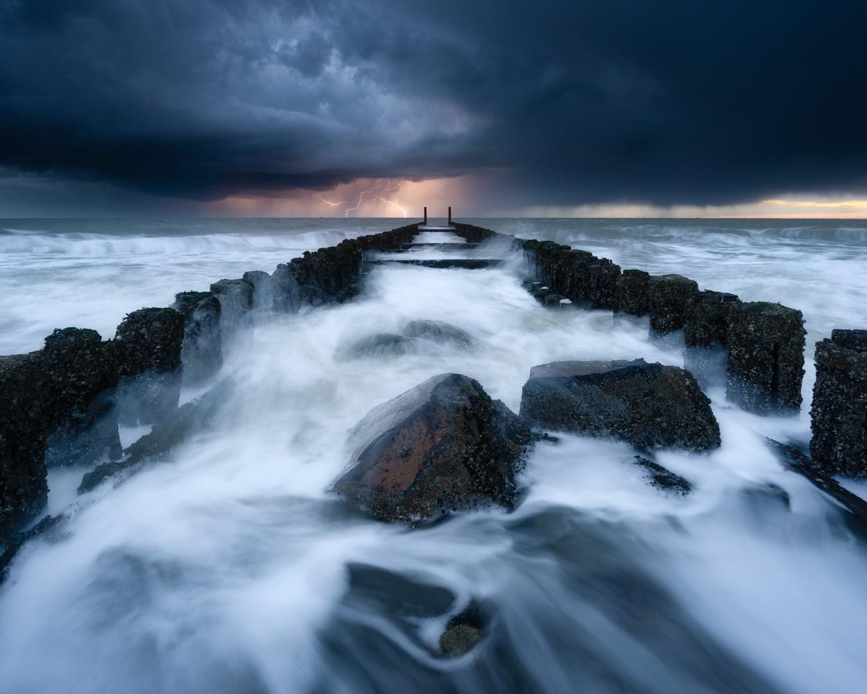 Lightning by Ellen van den Doel