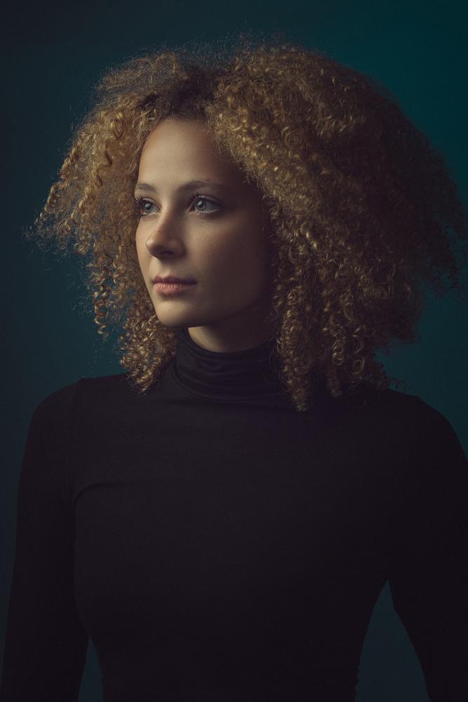 Portrait of Emma by Janos Lakatos
