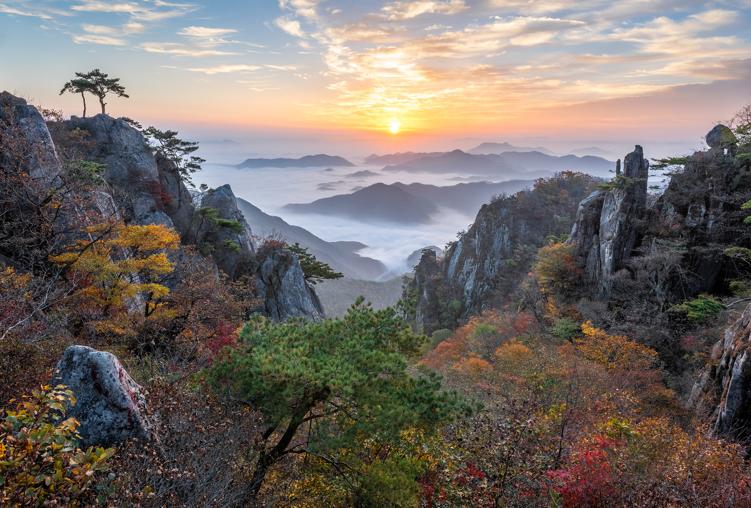 Valley of the clouds by jaeyoun Ryu