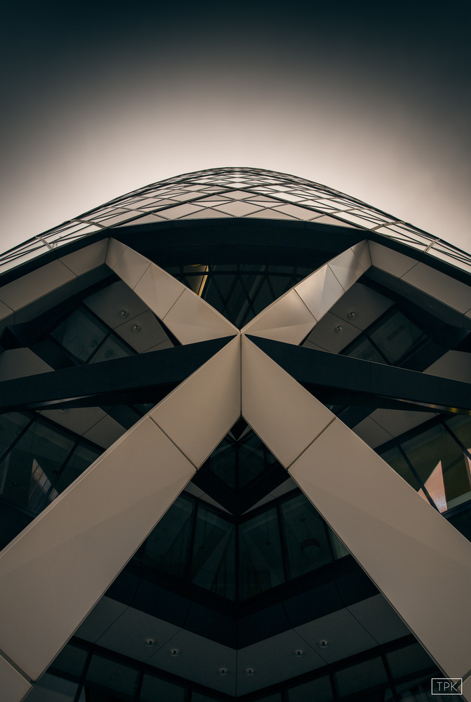 Abstracting architecture by Tobias Käter