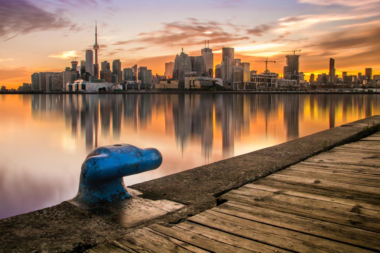 Harbor Front / Toronto by Gökhan Uysal