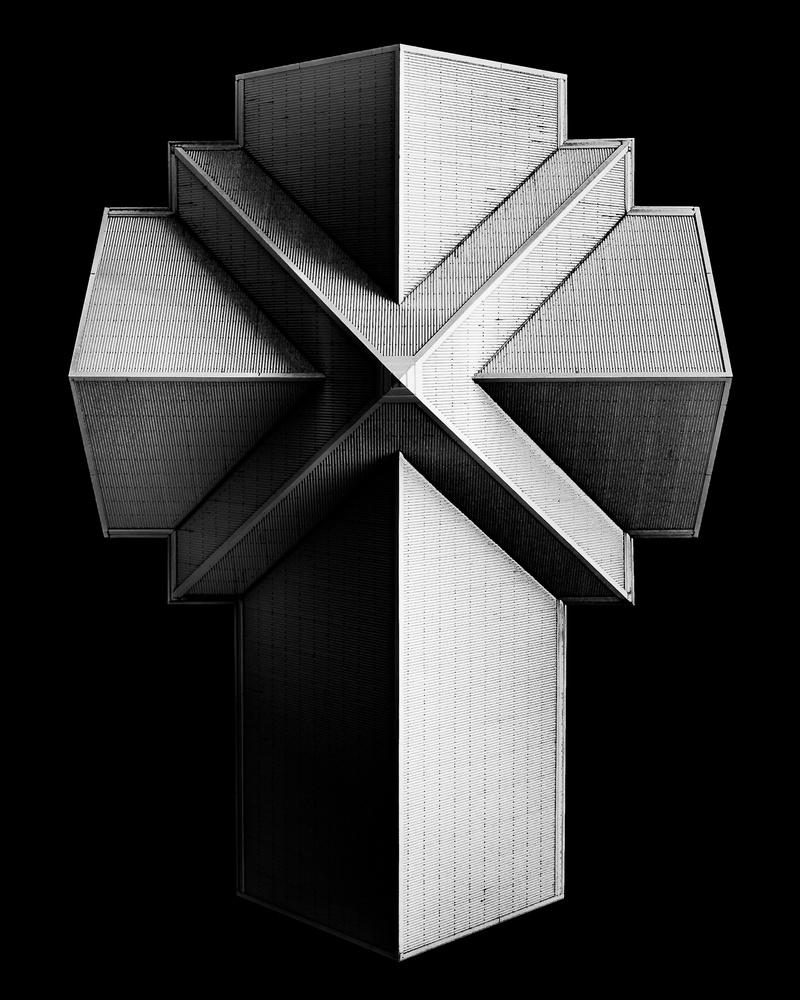 Cross by Oskar Ragnarsson