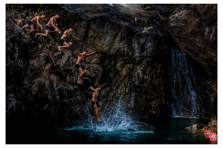 Jump  by Oscar Kaung