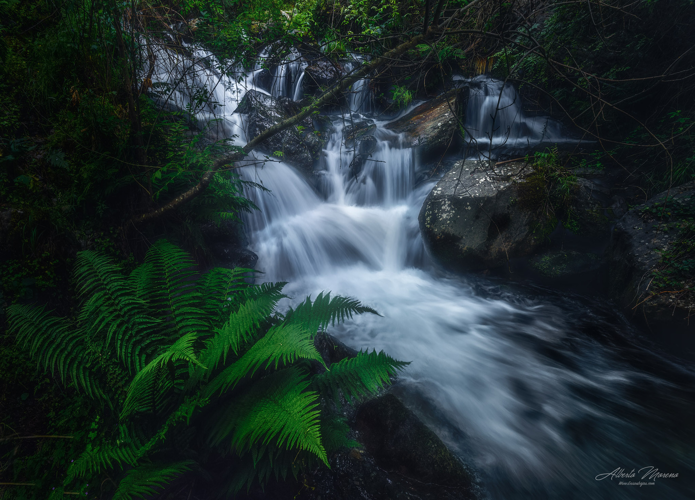 THE THAW WATERFALL by Alberto Moreno