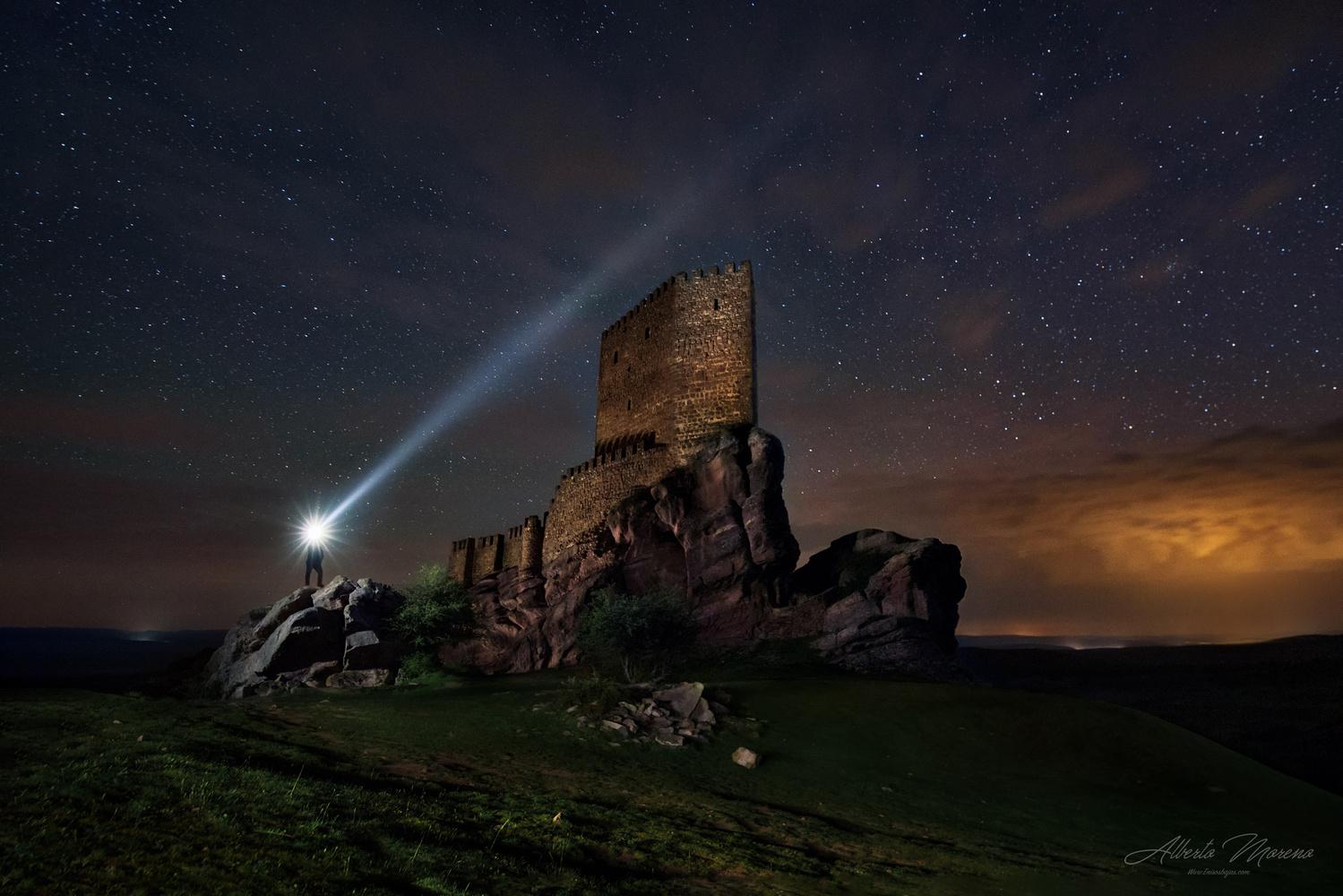 Light Castle by Alberto Moreno