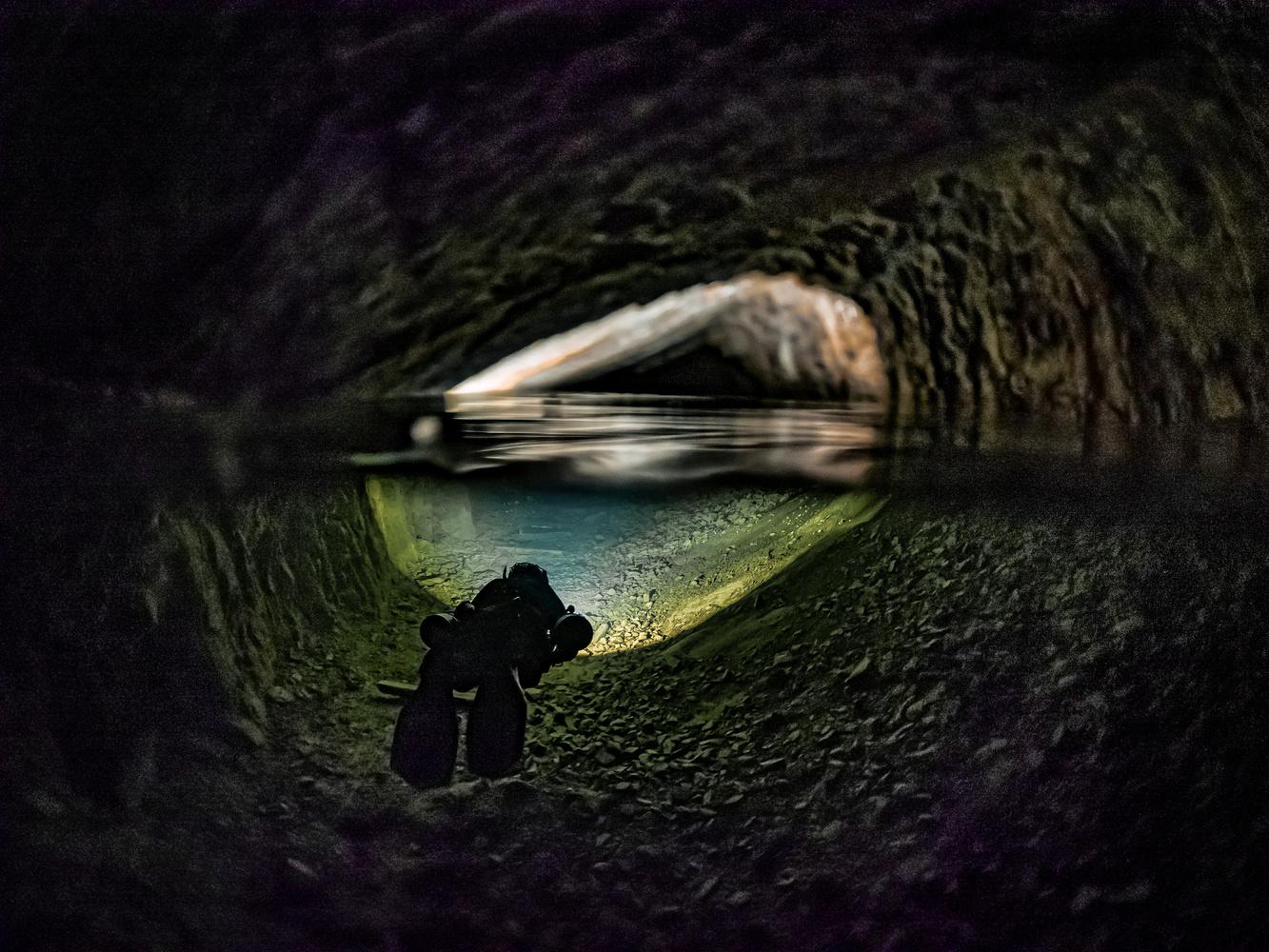 Dinas Rock Silica Mine by Tomasz Kowalski