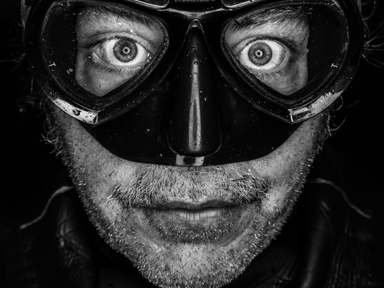 Faces of Divers - Martin Webb by tomas doe