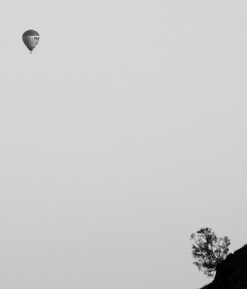 Balloon by Tomasz Kowalski