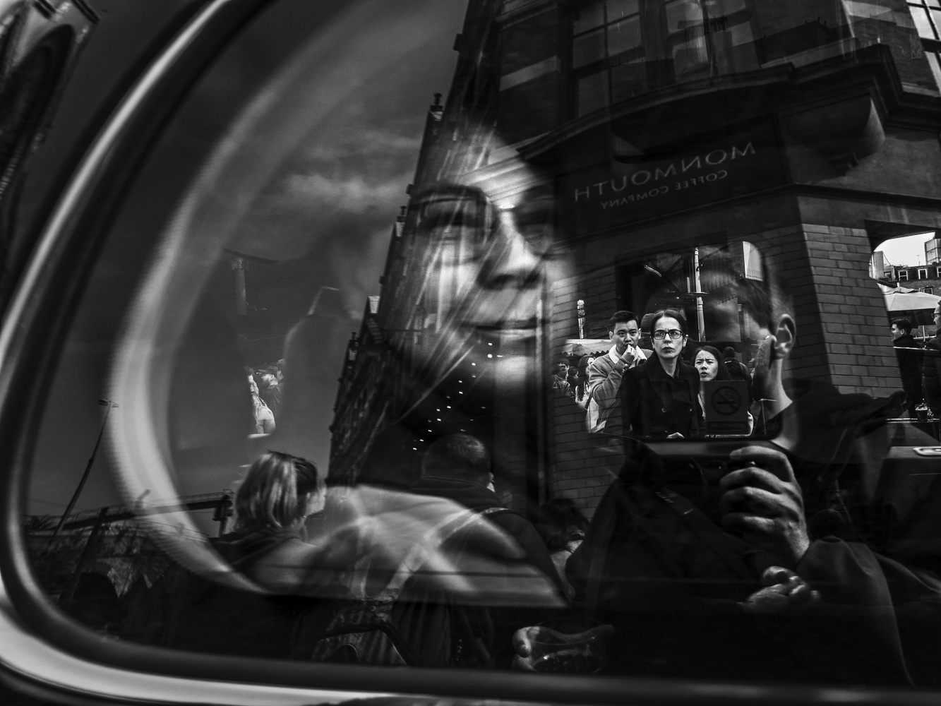 In the taxi by tomas doe