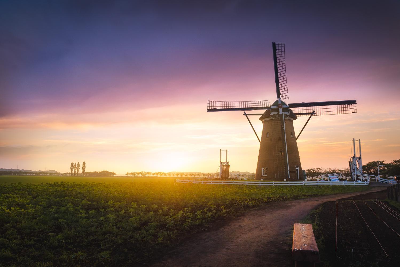 Windmill Twilight by Yuandong Li