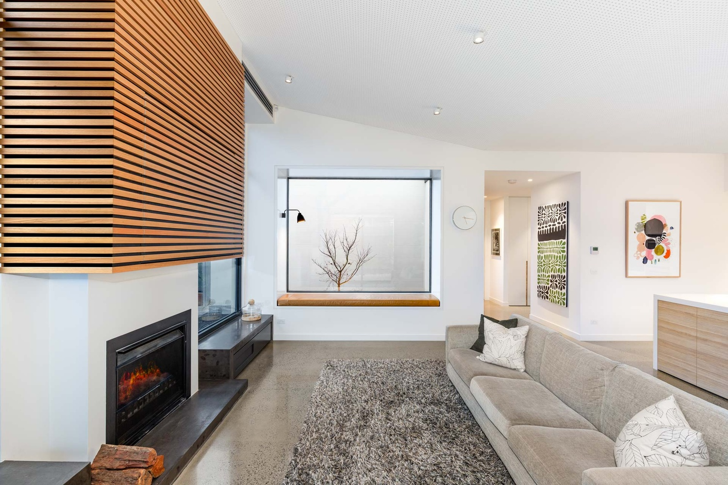 Lounge renovation by Roger Thompson