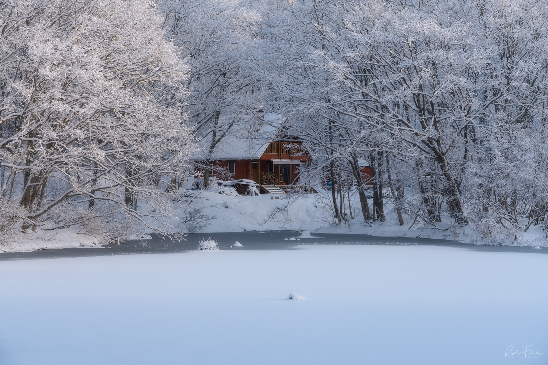 Snow house by Ryota Fukuda