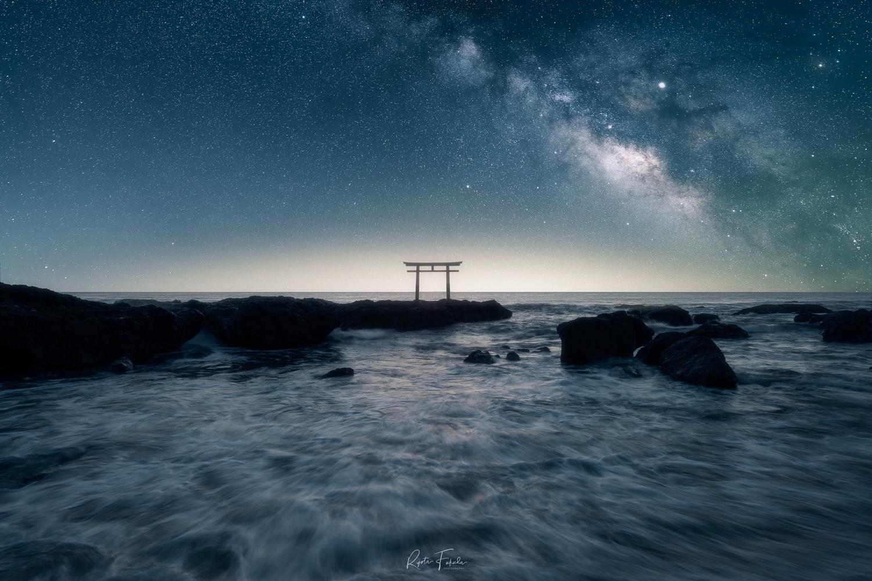 Star light by Ryota Fukuda