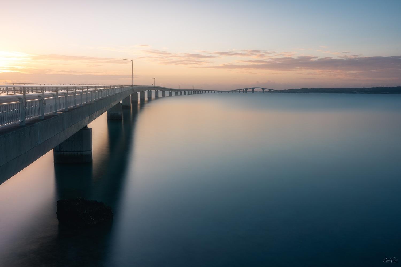 Island bridge by Ryota Fukuda