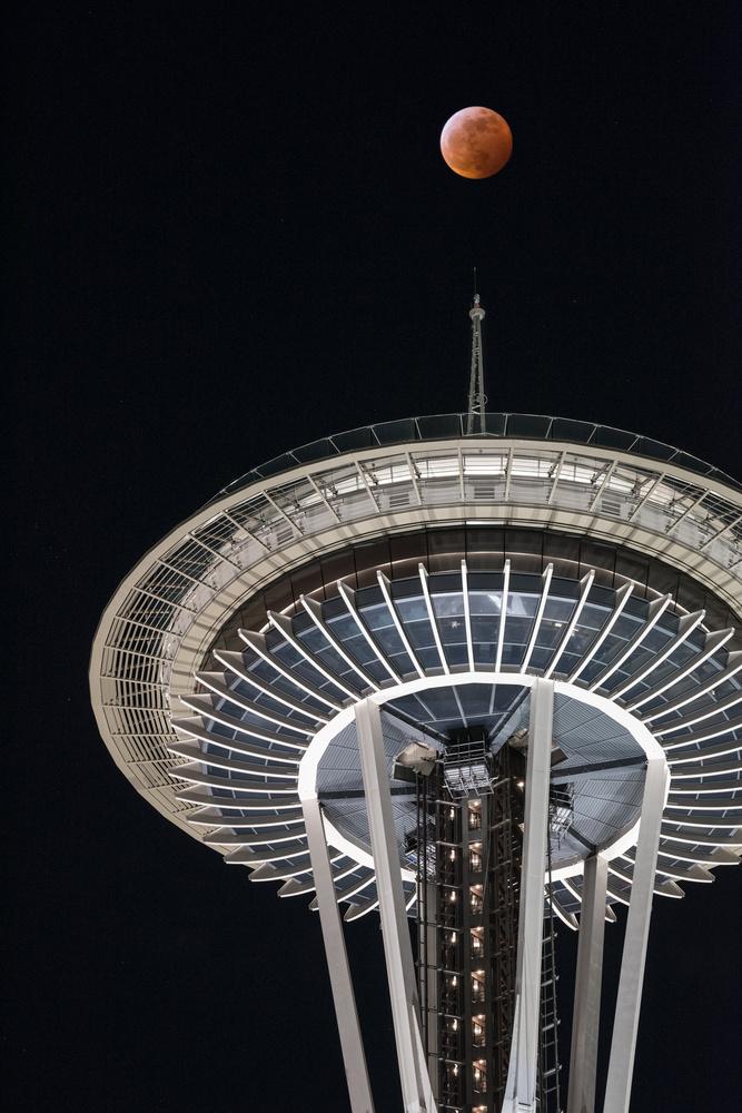 Super Blood Wolf Moon | Seattle, WA | January 20, 2019 by Richard Rhee