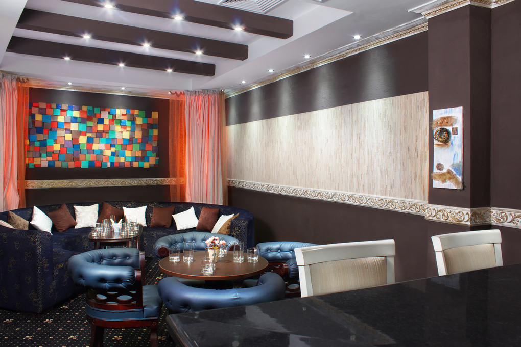 Bar corner by Anton Katsarov