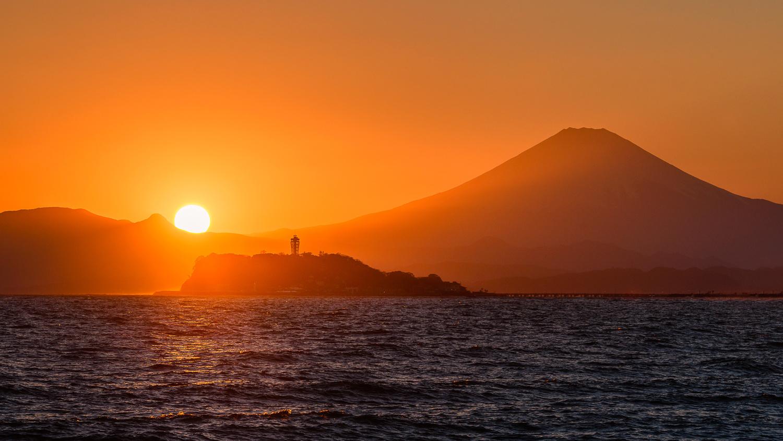 Shonan Sunset by Jordan McChesney
