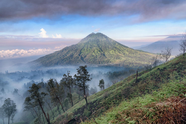 Volcano by Roberto Ruggieri