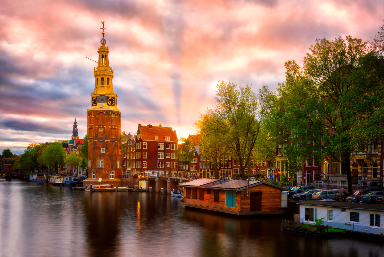 Montelbaanstoren | Amsterdam, Netherlands by Nico Trinkhaus