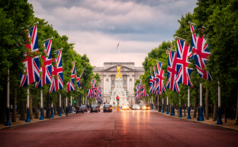 London Mall | United Kingdom by Nico Trinkhaus