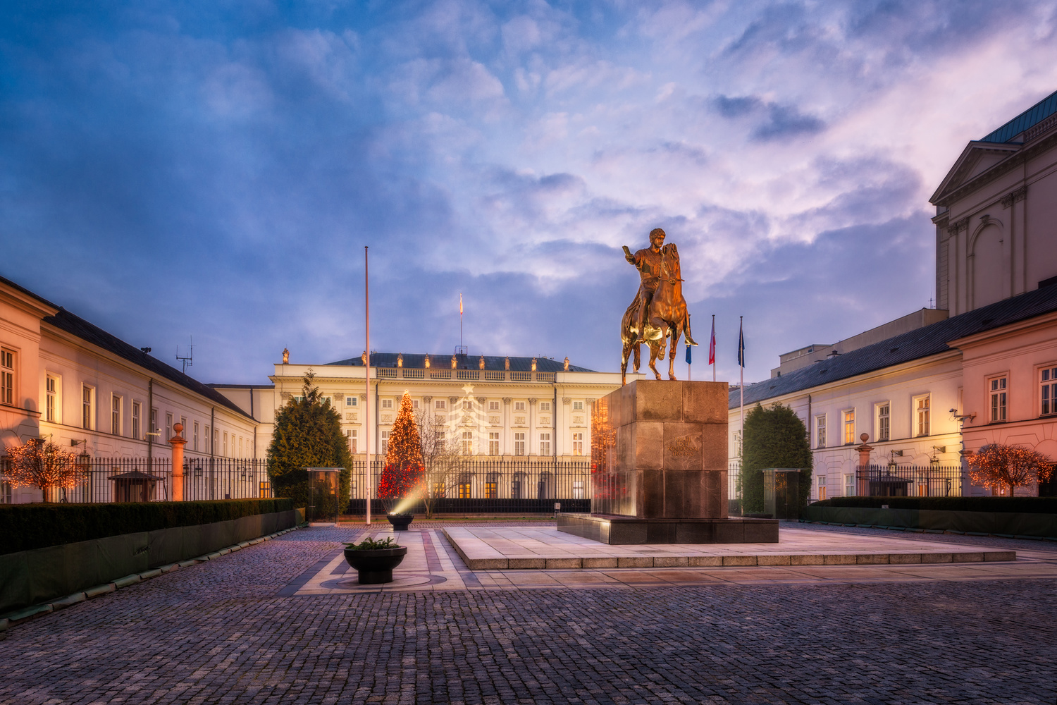 Presidential Palace in Warsaw   Poland by Nico Trinkhaus