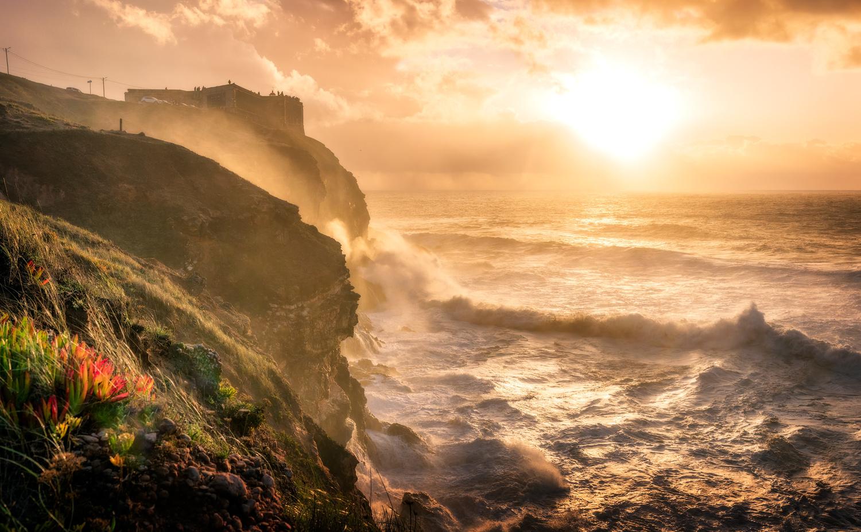 Praia do Norte | Nazare, Portugal by Nico Trinkhaus