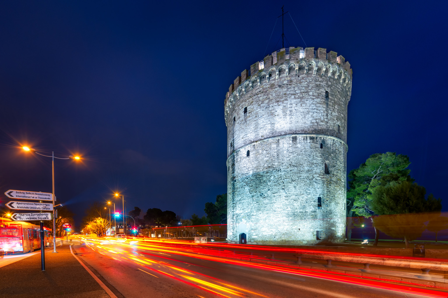 White Tower light trails | Thessaloniki, Greece by Nico Trinkhaus
