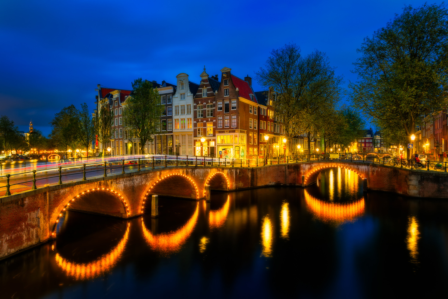 Keizersgracht | Amsterdam, Netherlands by Nico Trinkhaus