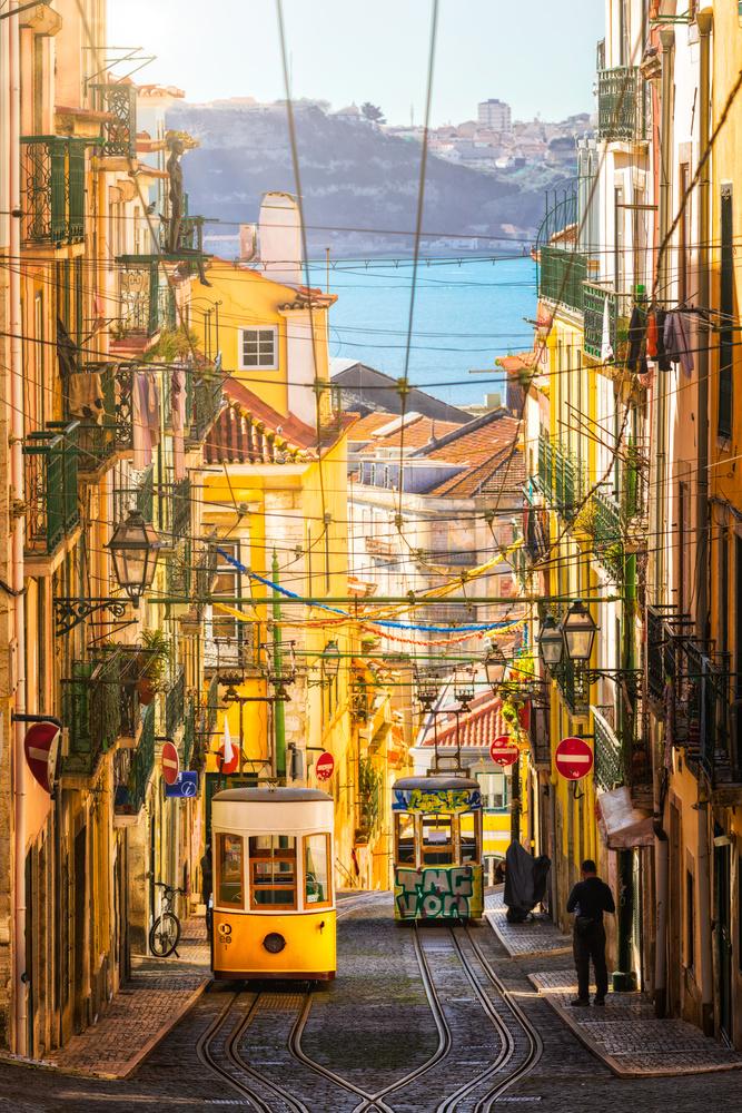 Bica Funicular | Lisbon, Portugal by Nico Trinkhaus
