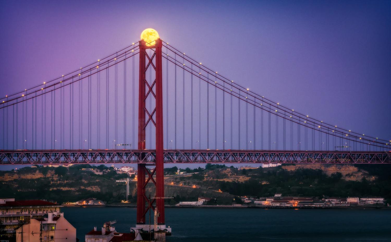 Super moon over Lisbon | Portugal by Nico Trinkhaus
