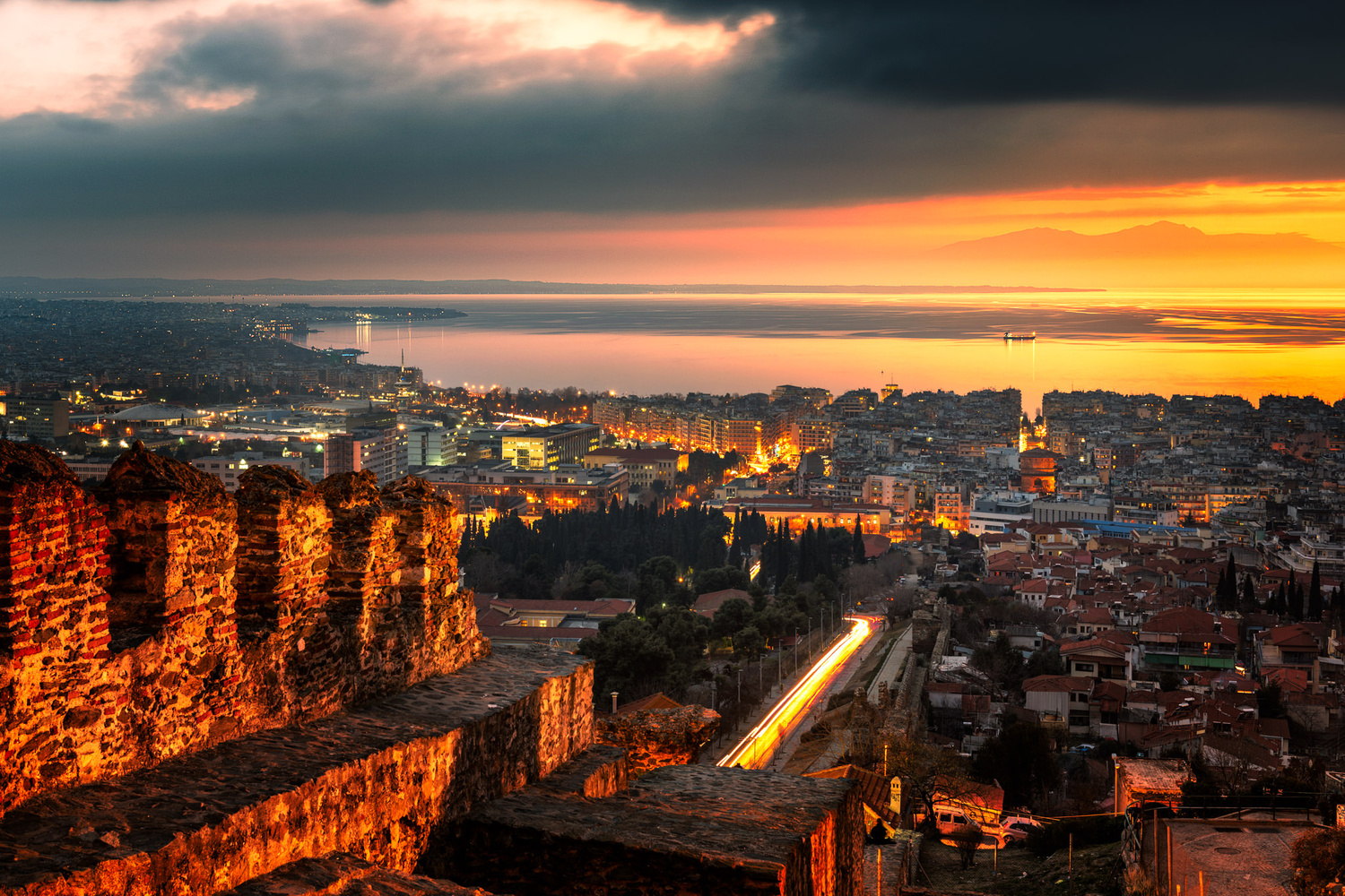 Sunset from the Eptapyrgio Castle | Thessaloniki by Nico Trinkhaus
