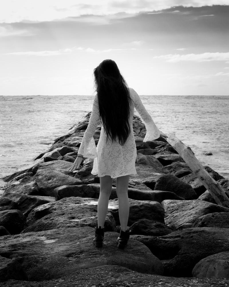 Risel rock pier by Michel Dickenson