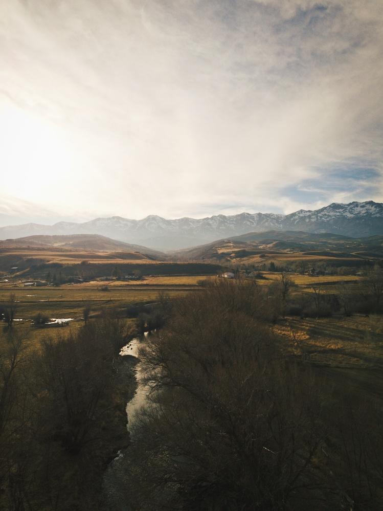 Weber River, Utah by Lee Hanyo
