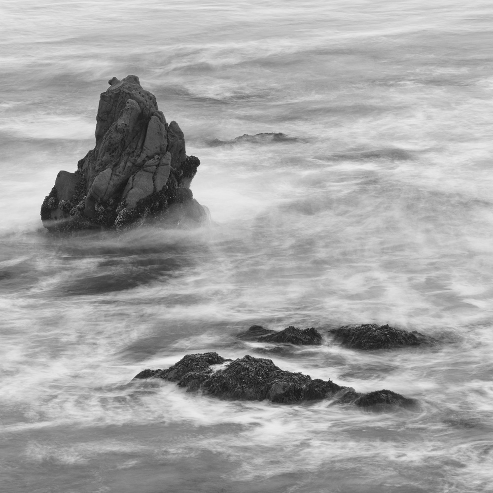 Pescadero Beach, BW rocks by David Medeiros