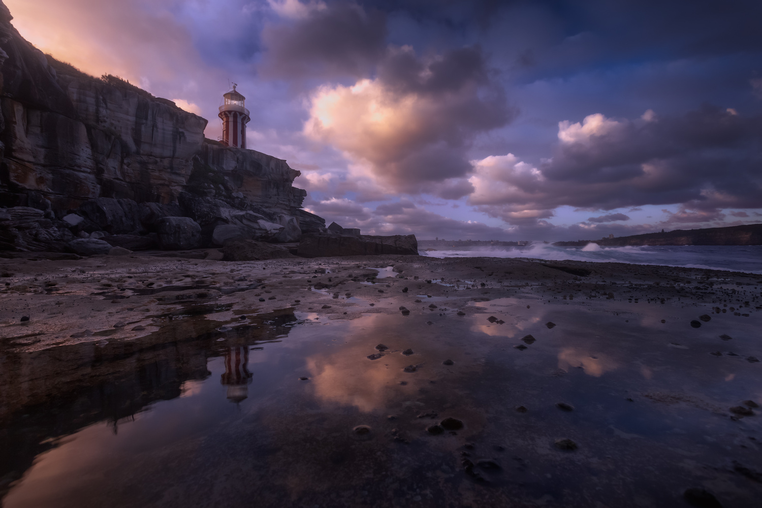 | Cloudy Mirror | by Jose Luis Cantabrana