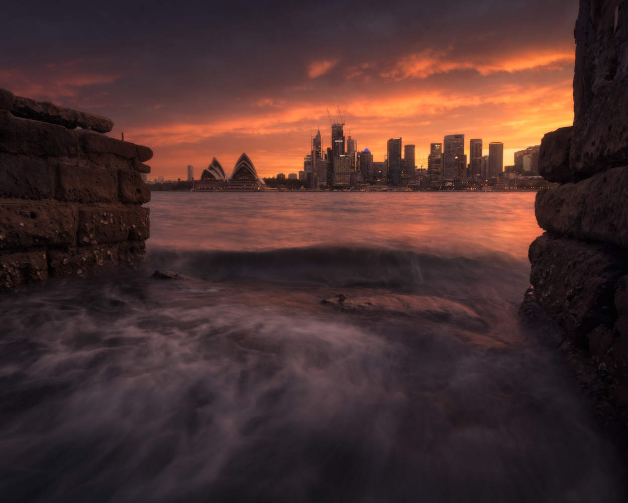 | Sydney on fire! | by Jose Luis Cantabrana