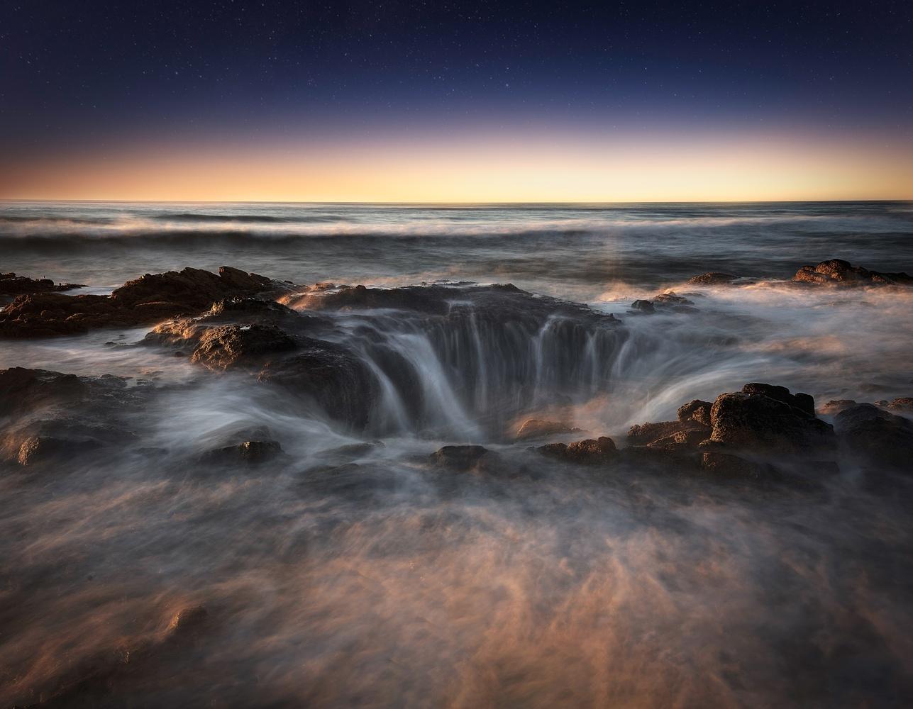 Thor's Well by John Vander Ploeg