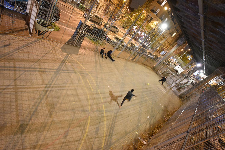 Football a Paris by Eric Mathiasen