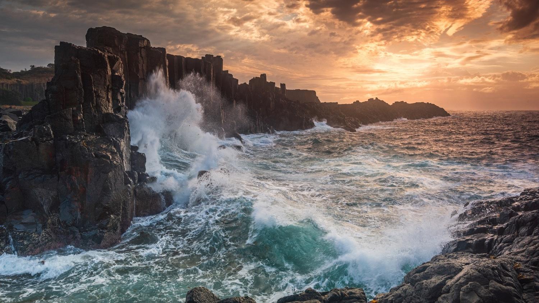 Bombo Headlands Quarry Sunrise by Shane Smith