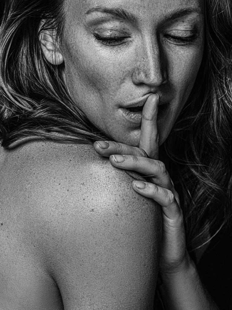 Lara by Marc Gysin
