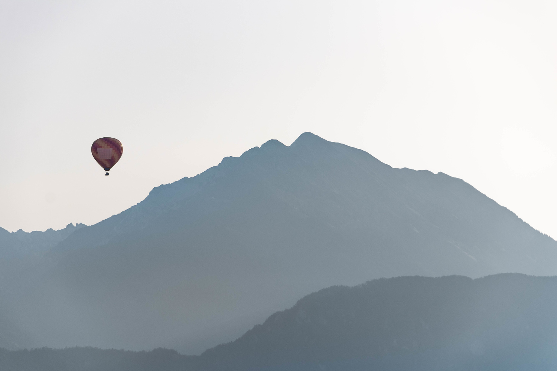 Balloon by Sem Wijnhoven